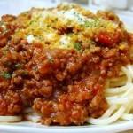いろいろ使える自家製ミートソースでスパゲティを作りました。レシピあり
